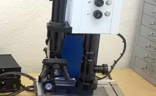 Microscope Marcel Aubert controle micro decoupe laser